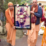 02.10.15_SGGS_Dis_02.Mayapur