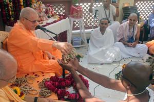 Acarya Srinivasa dasa