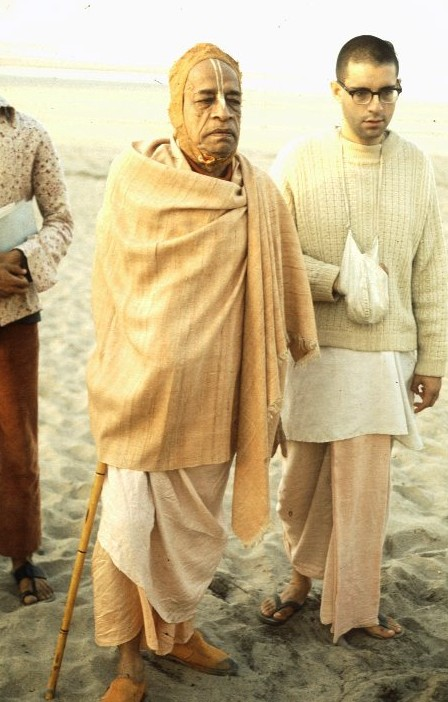 Giriraj with Srila Prabhupada on Juhu Beach