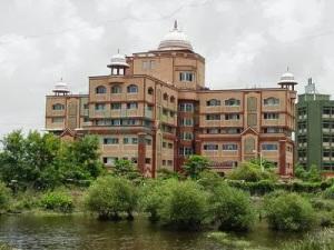 Bhaktivedanta Hospital Mumbai